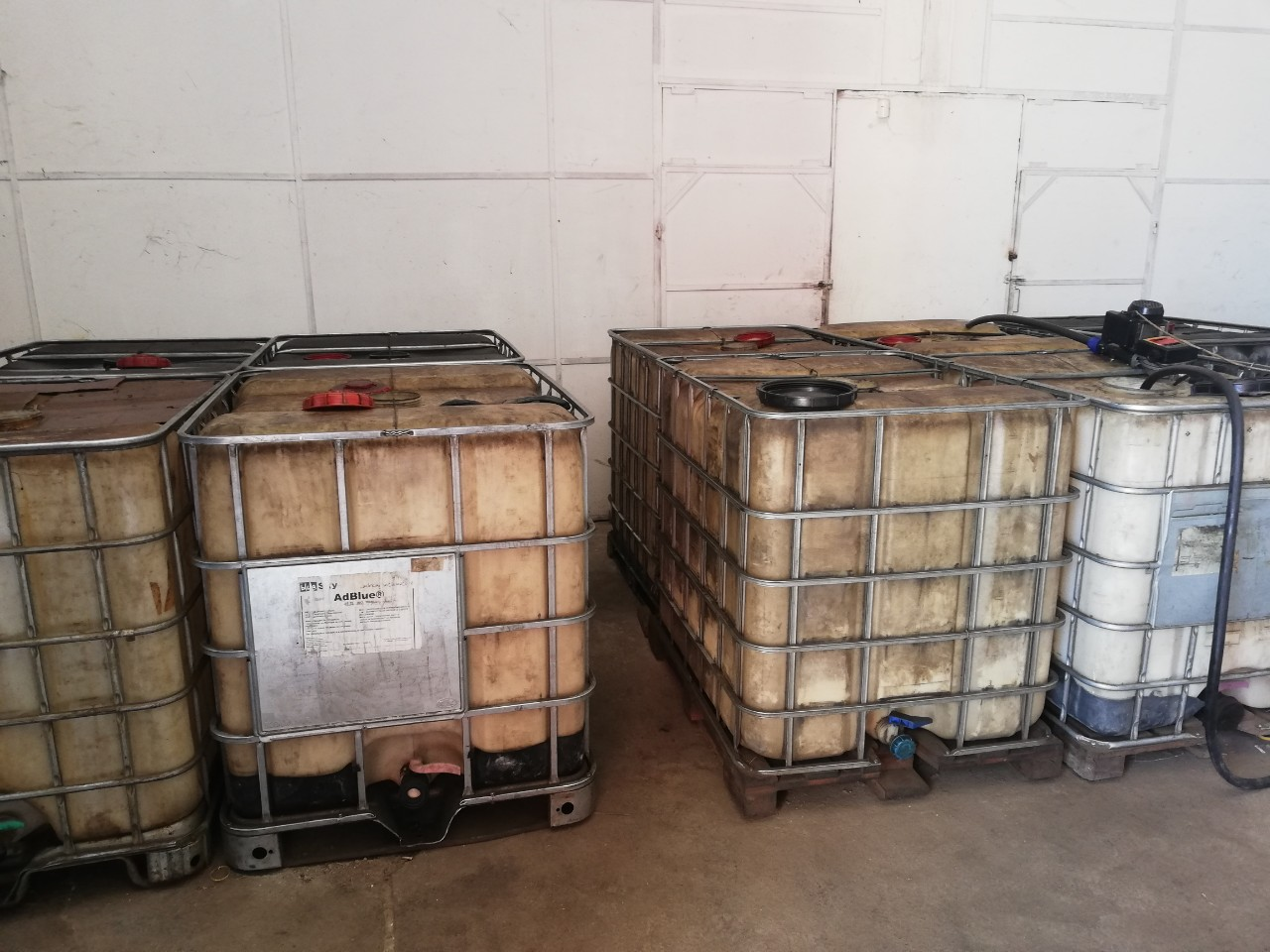 Два тона нередовно дизелово гориво са иззети от склад в село Труд